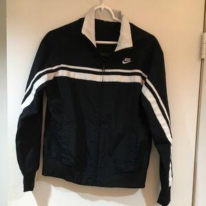 🌸NEW ITEM🌸 Nike Light Sports Jacket.